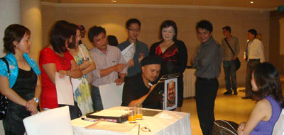event-caricature-artist-singapore1.jpg