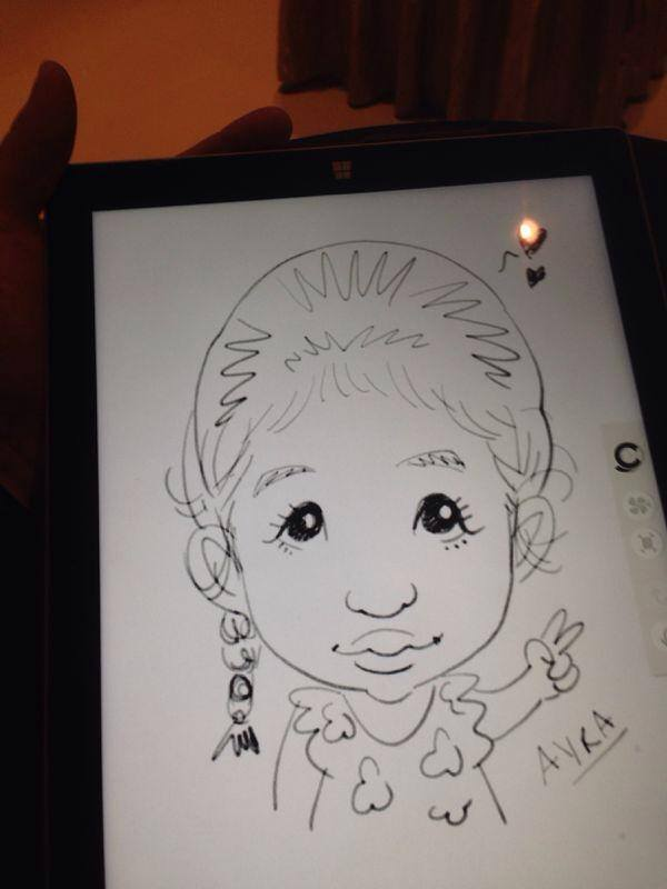 2014-06-26-Digital-Caricaturist-Singapore-tablet-caricatures-event.jpg